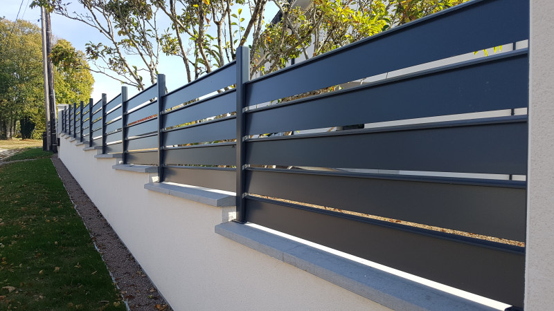 Cloture aluminium Alujour en redan
