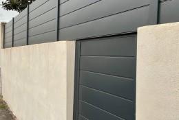 Clôture alu Alu20 gris anthracite RAL 7016, pose sur muret & portillon aluminium