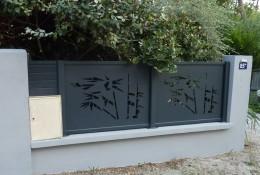 Clôture aluminium personnalisée panneaux découpe laser motif bambou