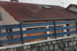 Clôture alu Alujour, ajourée, coloris gris anthracite RAL 7016