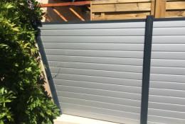 Cloture aluminium gris argent