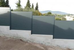 Cloture aluminium en brise vue jardin.